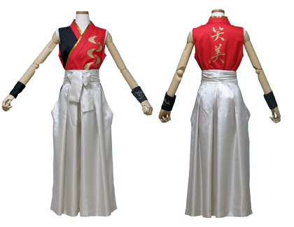 太鼓衣装の制作事例は、着物型シャツの和太鼓 笑美さんです。前身頃には、『三日月』モチーフを、背中に『笑美』を金色でプリントしました。