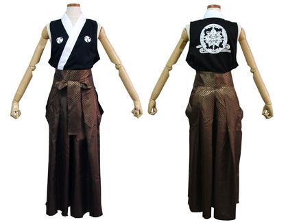 太鼓衣装の制作事例は、袖なし半天の葉隠さんです。袖なし半天と袴をよさこい屋で制作しました。