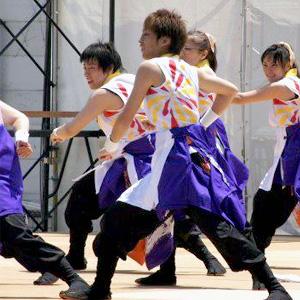 総勢70名で踊る、迫力の「舞」半天!!