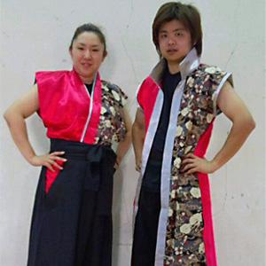 男性と女性で、デザインを変えた太鼓衣装。
