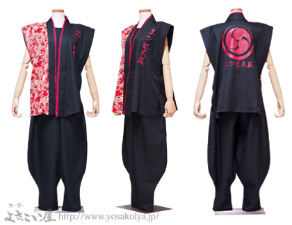 <袖なし半天ロングと同じデザインで「袖なし半天ショート」も制作しました。>