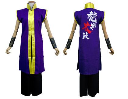太鼓衣装の制作事例は、袖なし半天の永平寺龍童太鼓さんです。背中には迫力のあるチーム名をプリント。
