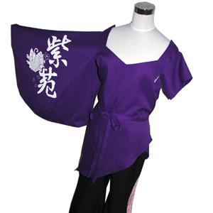 チーム名の紫にこだわったフルオーダー衣装