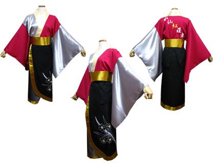 よさこい衣装の制作事例は、腰巻きを追加された水仙紅羅舞さんです。腰巻きには、チームイメージでもある水仙の花をプリントしています。