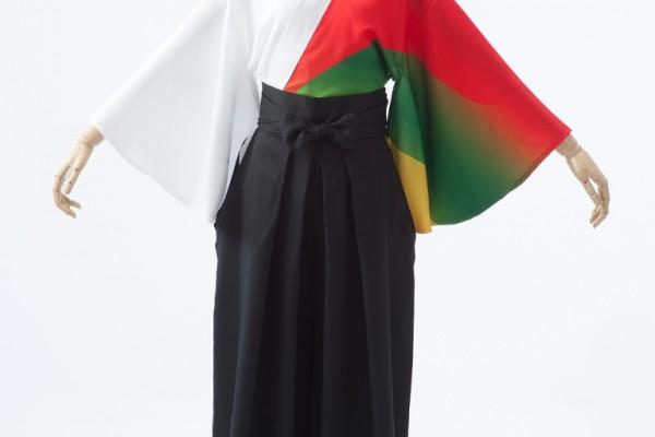 3色のグラデーションがきれいなよさこい衣装。