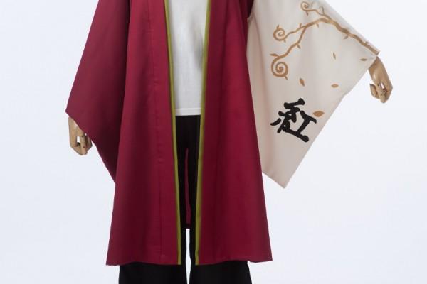 袖にはお客様が描いたツタの柄をプリント。エンジ色の美しい両用半天