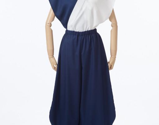 紺と白のシンプル袖なし半天ショート