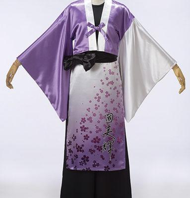 桜柄とグラデーションがきれいなよさこい衣装。