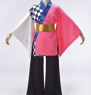 ピンクと青色でさわやかなイメージの衣装。