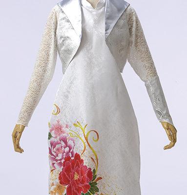 アオザイ風ドレスで美しく。